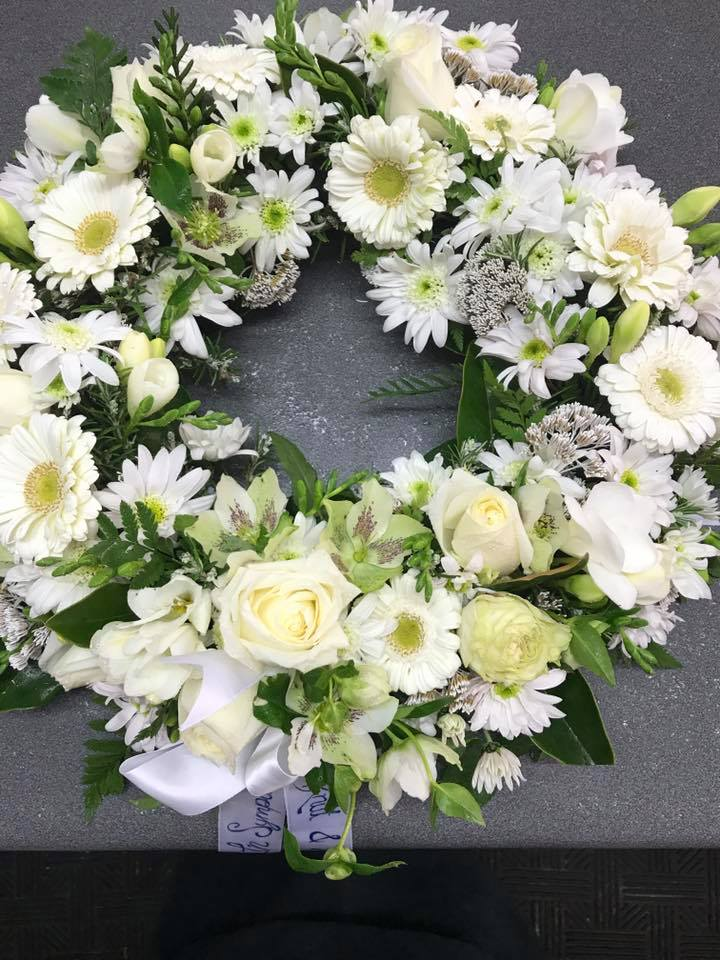 napier-hastings-funeral-wreath